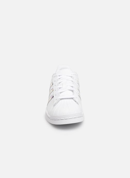 Trainers adidas originals SUPERSTAR J White model view