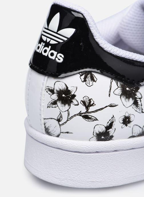 Baskets adidas originals SUPERSTAR J Blanc vue 3/4