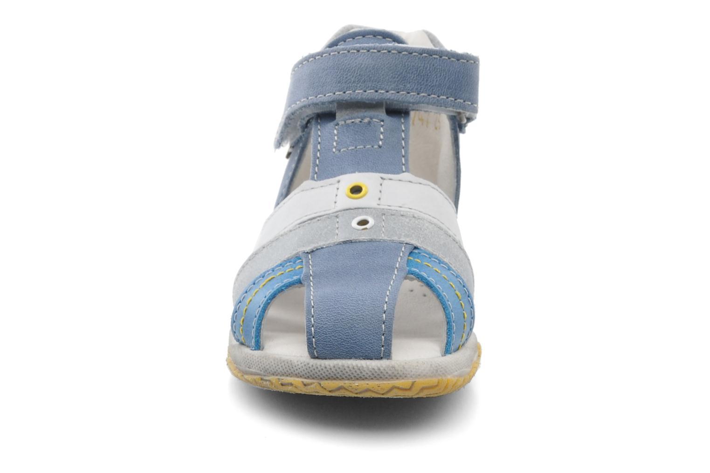 Sandales et nu-pieds Babybotte TICTAK Bleu vue portées chaussures