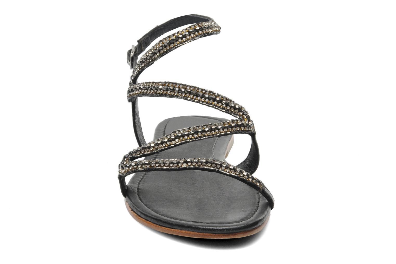 Sandales et nu-pieds Les Tropéziennes par M Belarbi Jolane Noir vue portées chaussures