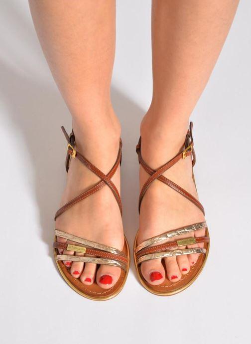 Sandalen Les Tropéziennes par M Belarbi Balise braun ansicht von unten / tasche getragen