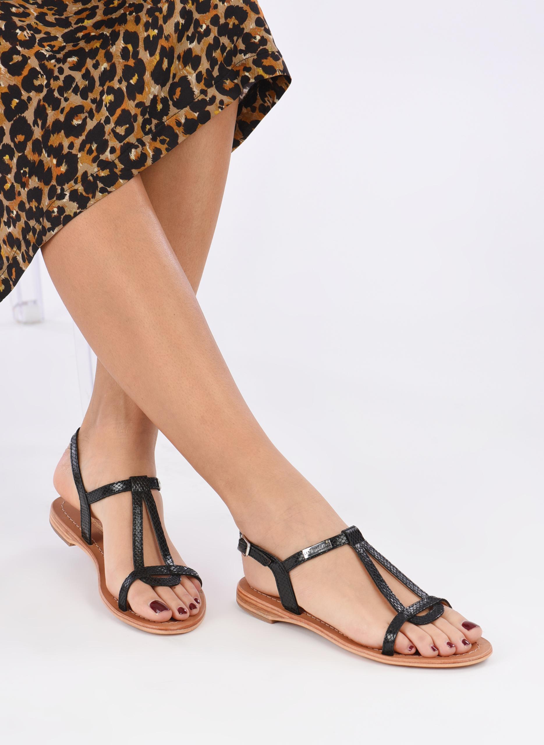 Sandales et nu-pieds Les Tropéziennes par M Belarbi Hamat Noir vue bas / vue portée sac