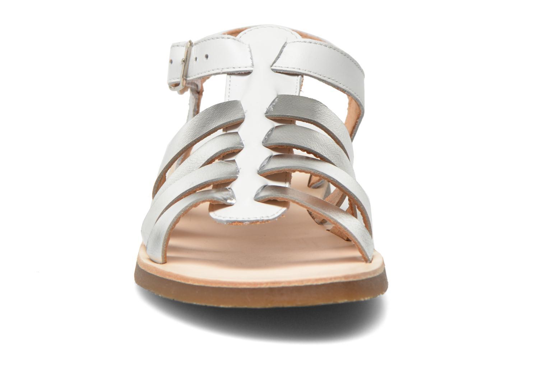 Sandales et nu-pieds Yep Bilbao Blanc vue portées chaussures