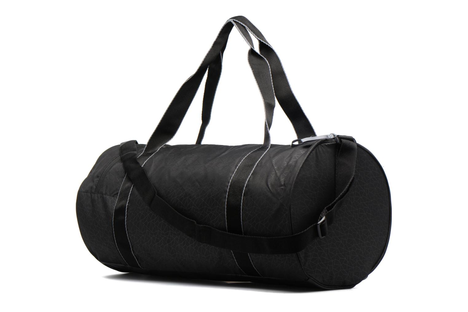 Sports bags Puma Fit AT Sports Duffle Black view from the right