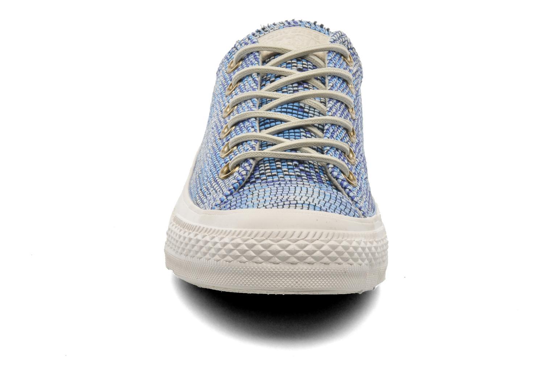 Baskets Converse Chuck Taylor All Star Basket Weave Ox W Multicolore vue portées chaussures