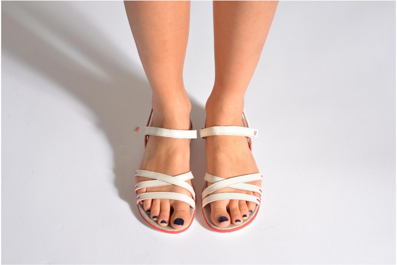 Sandales et nu-pieds TBS Rosita Rouge vue bas / vue portée sac