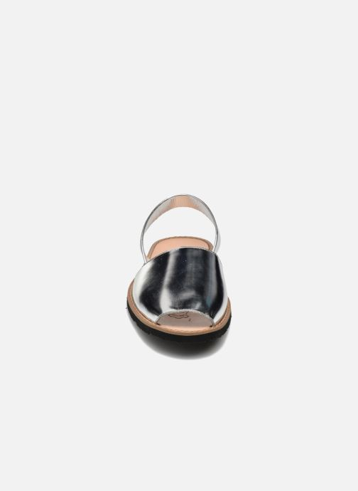 Sandalen MINORQUINES Avarca silber schuhe getragen