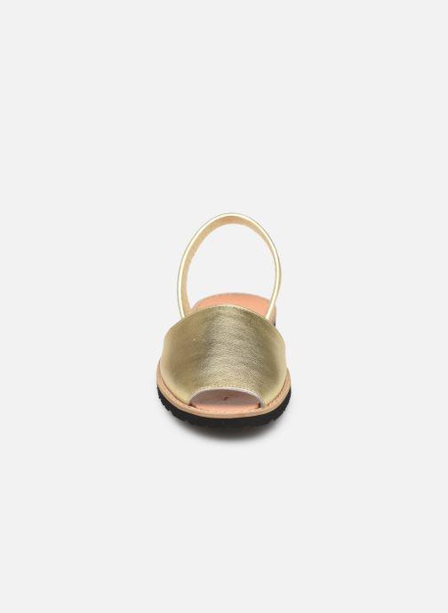 Sandales et nu-pieds MINORQUINES Avarca Or et bronze vue portées chaussures