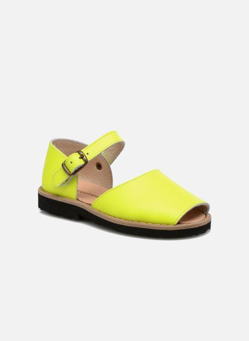 Sandales et nu-pieds Minorquines Frailera Jaune vue détail/paire
