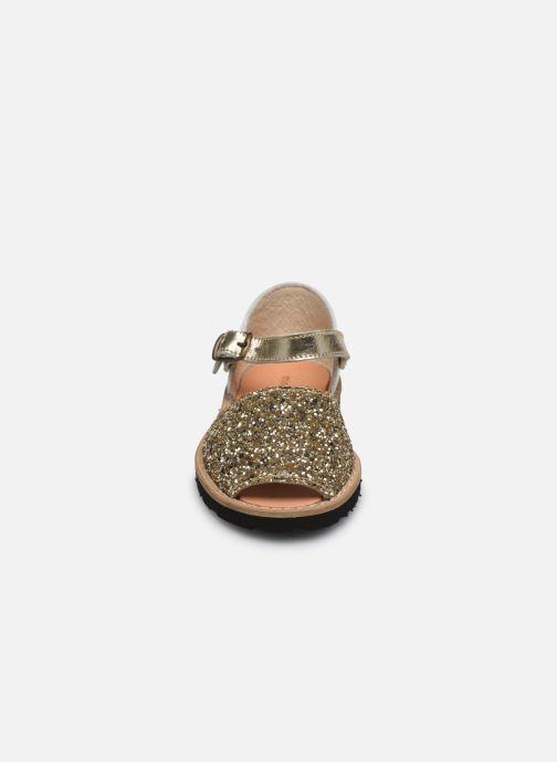 Sandali e scarpe aperte Minorquines Frailera Oro e bronzo modello indossato