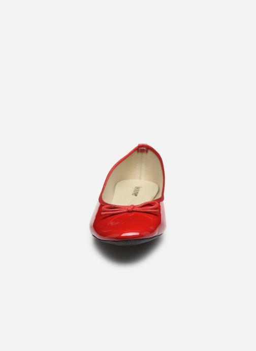 Ballerines Isotoner Ballerine Vernie Rouge vue portées chaussures