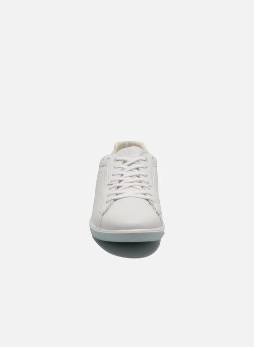 Sneakers TBS Easy Walk Oxygen Bianco modello indossato