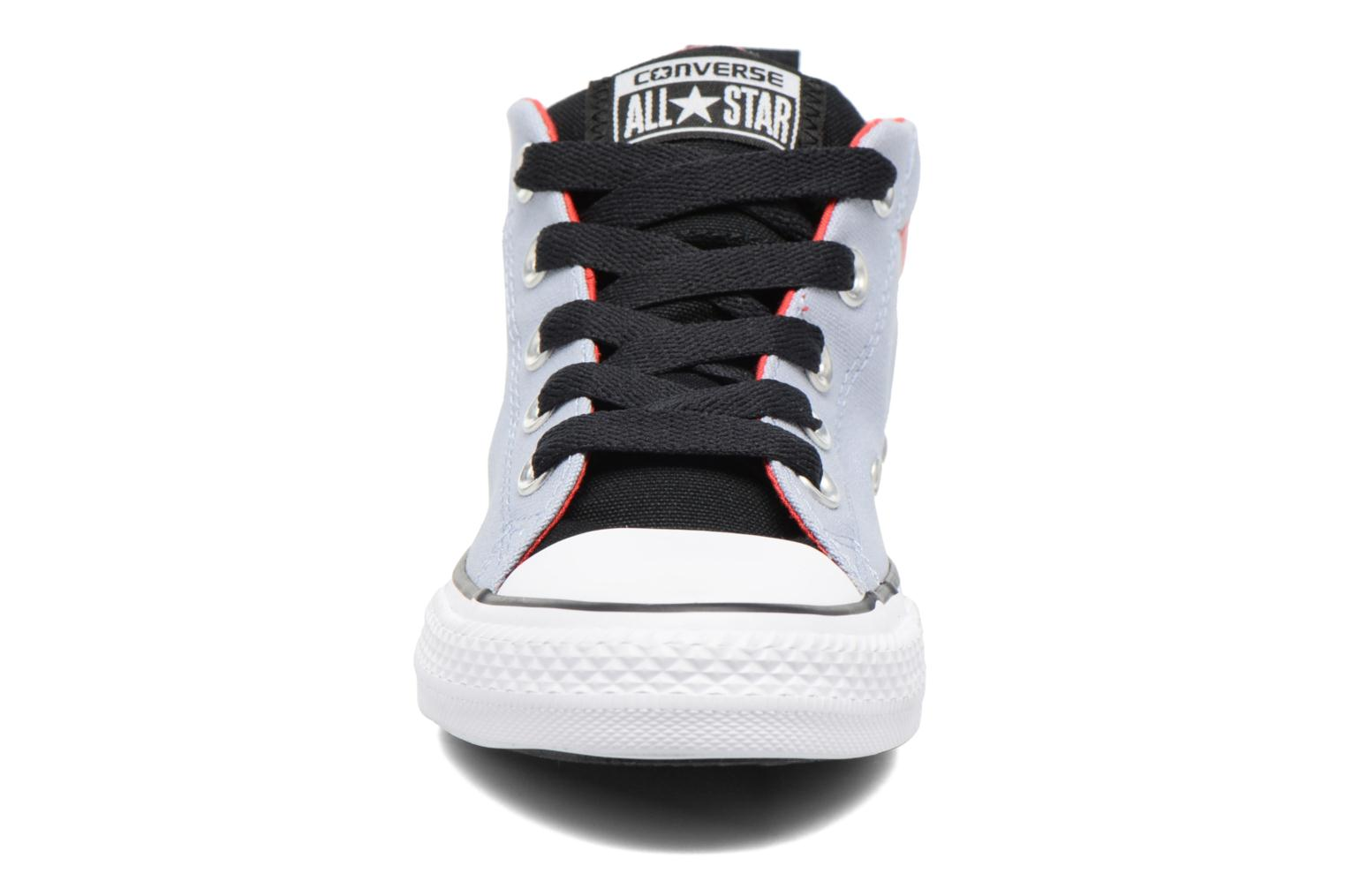 Baskets Converse Chuck Taylor All Star Street Mid Gris vue portées chaussures