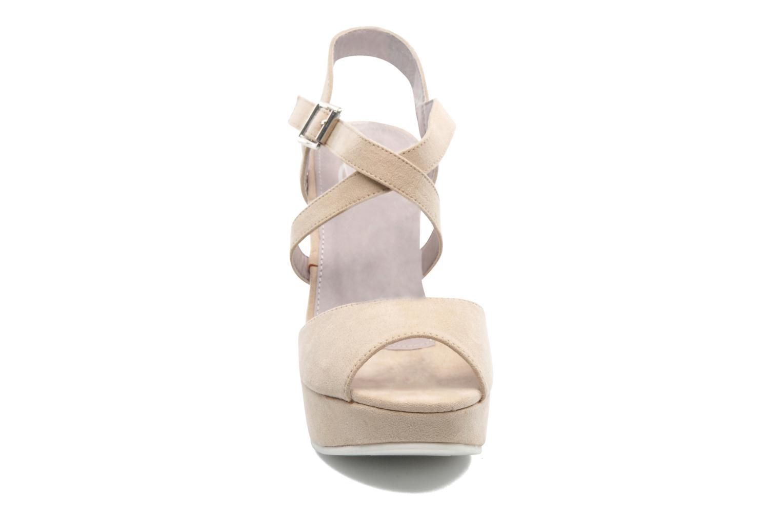 Sandales et nu-pieds Refresh Nolan-60761 Beige vue portées chaussures