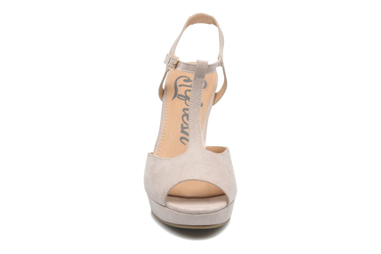 Sandales et nu-pieds Refresh Max-60514 Beige vue portées chaussures