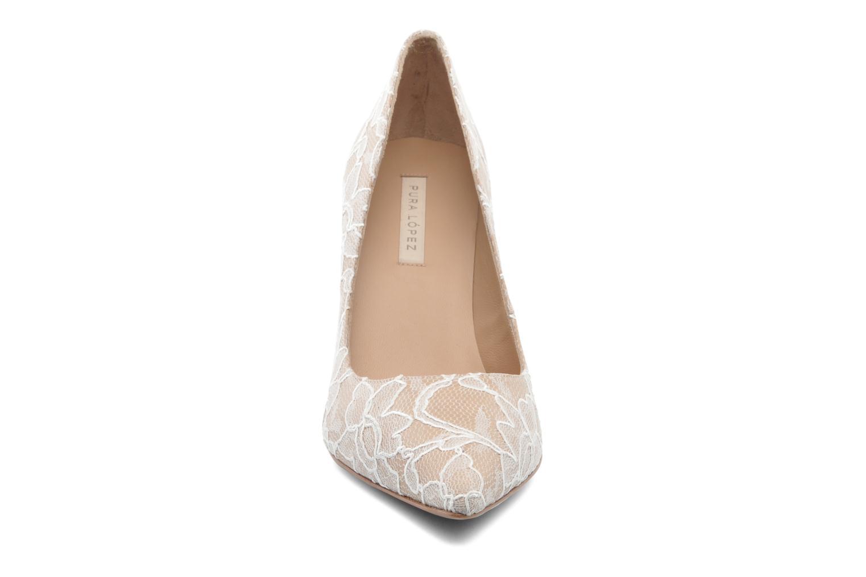 Zapatos de tacón Pura Lopez Escarpin mariée Beige vista del modelo