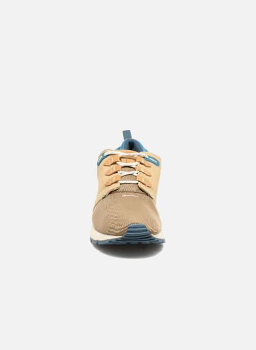 Trainers Element Mitake Beige model view