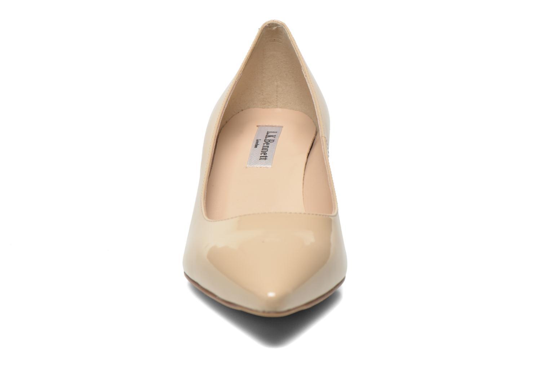Escarpins L.K. Bennett Minu Beige vue portées chaussures
