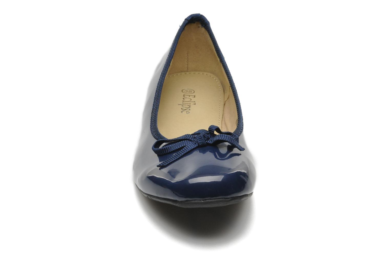 Ballerines Eclipse Ballerine classique vernis Bleu vue portées chaussures