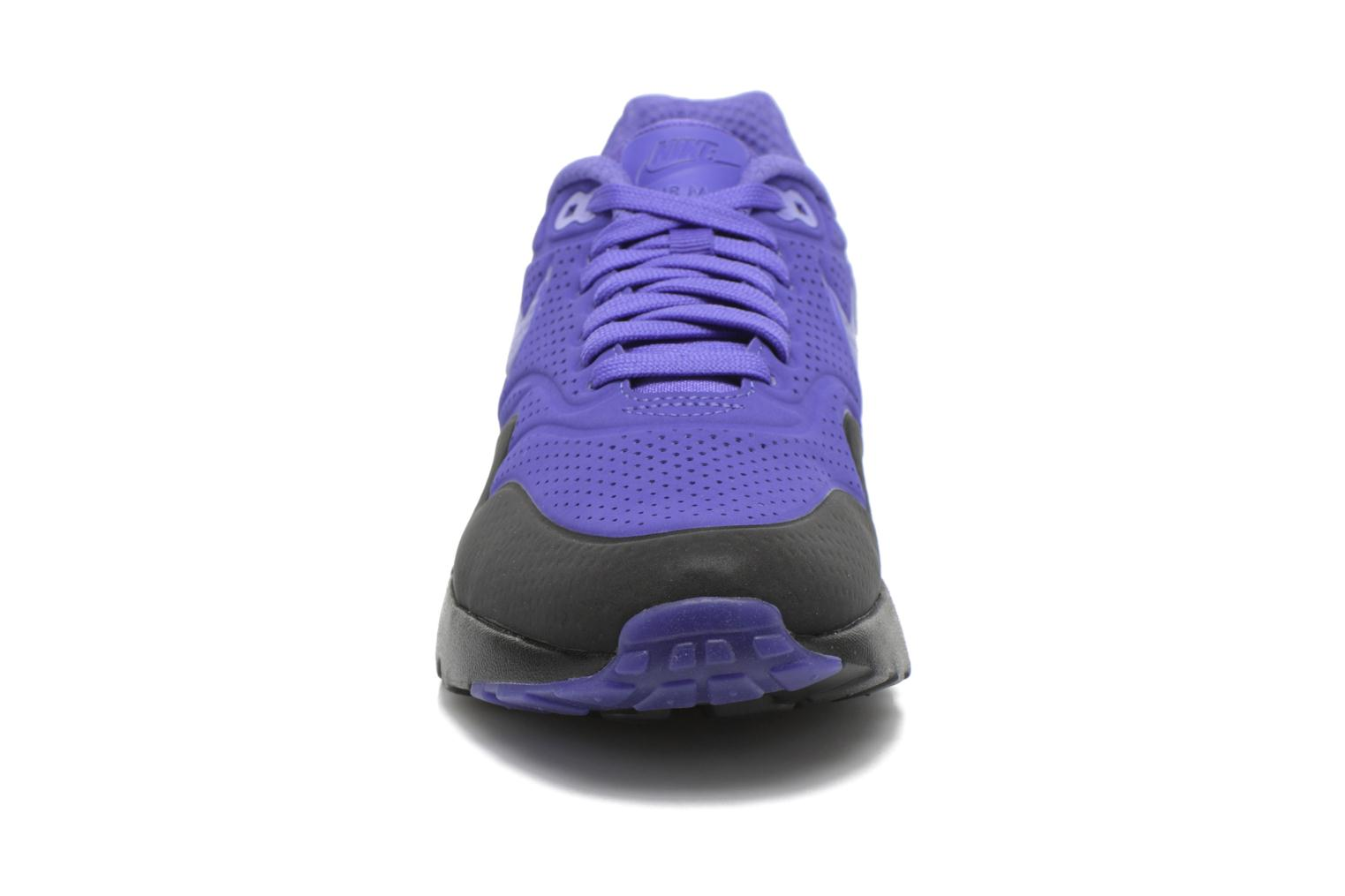 Baskets Nike Nike Air Max 1 Ultra Moire Violet vue portées chaussures