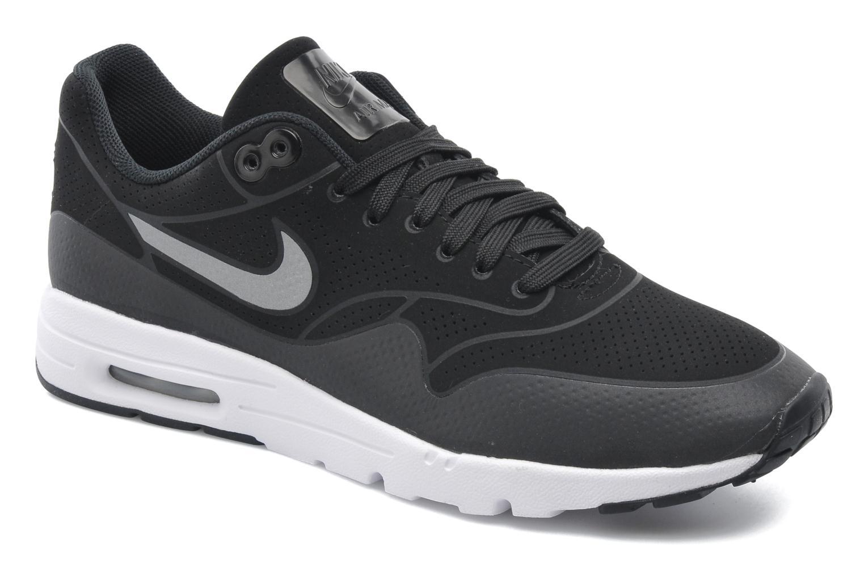Baskets Nike Wmns Air Max 1 Ultra Moire Noir vue détail/paire