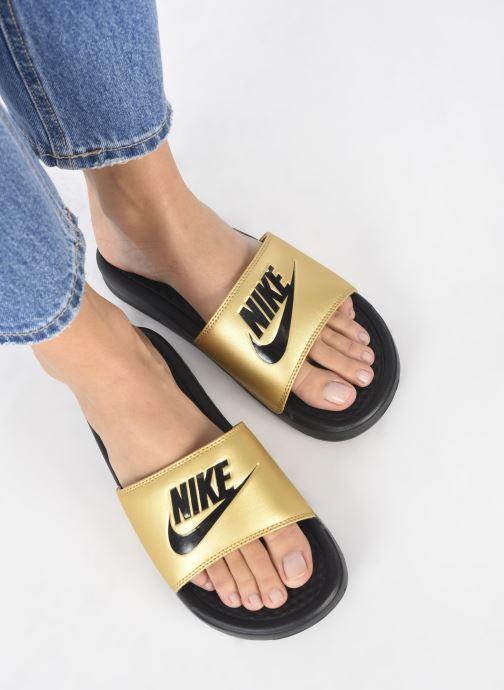 Mules et sabots Nike Wmns Benassi Jdi Or et bronze vue bas / vue portée sac