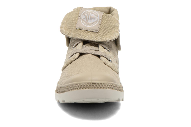 Baskets Palladium Baggy Low Lp F Beige vue portées chaussures