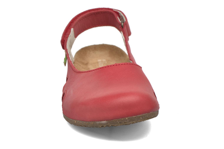 Mules et sabots El Naturalista Wakataua N413 Rouge vue portées chaussures