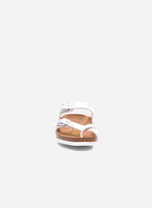 Sandali e scarpe aperte Birkenstock TAORMINA Bianco modello indossato