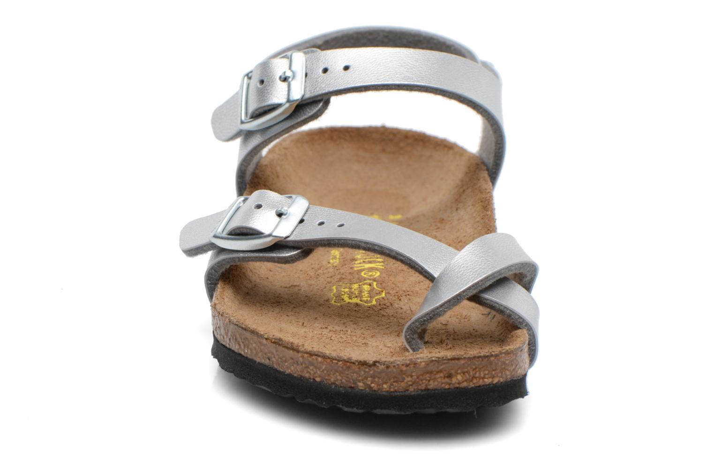 Sandales et nu-pieds Birkenstock TAORMINA Argent vue portées chaussures