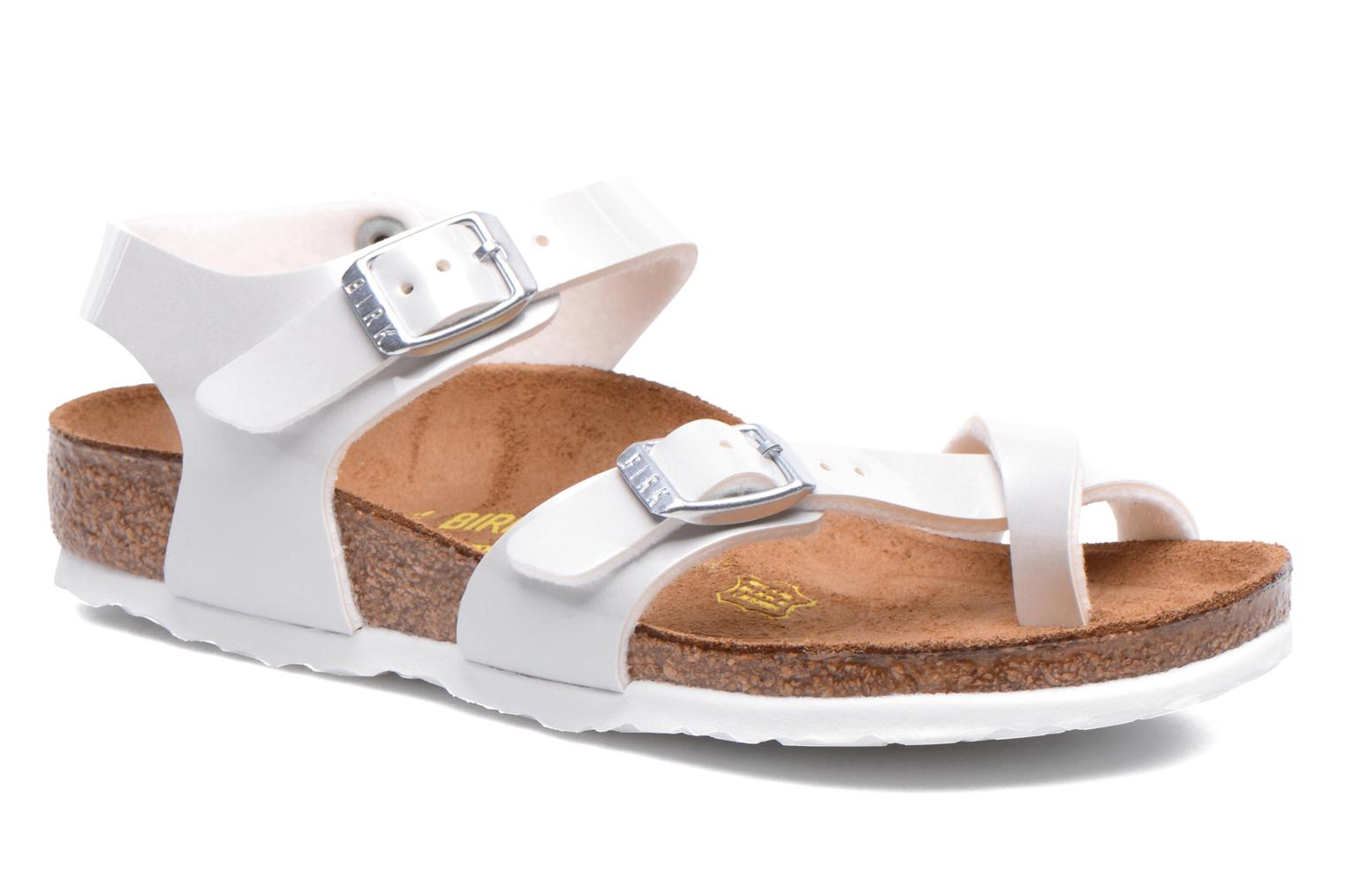 Sandals Birkenstock TAORMINA White detailed view/ Pair view