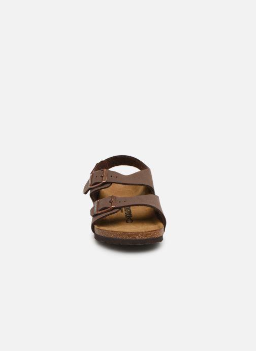 Sandales et nu-pieds Birkenstock ROMA Marron vue portées chaussures