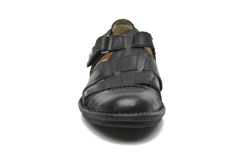 Sandales et nu-pieds Kickers Vidal Noir vue portées chaussures