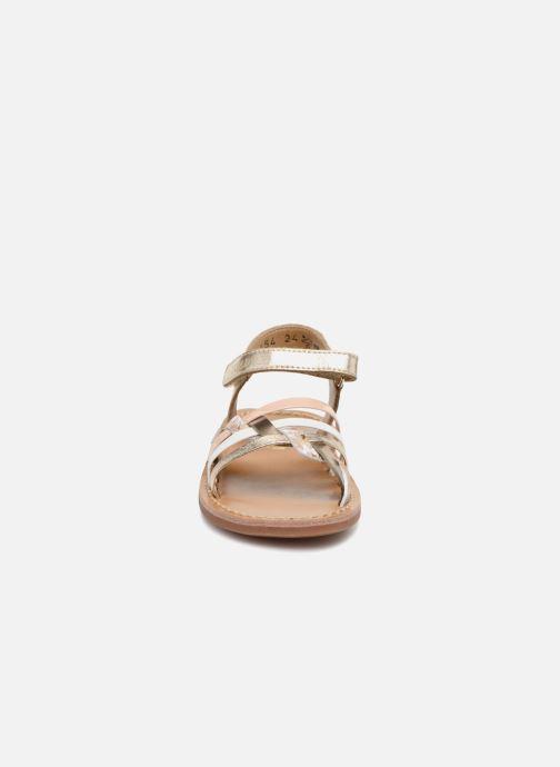 Sandales et nu-pieds Pom d Api YAPO TRESSE Multicolore vue portées chaussures