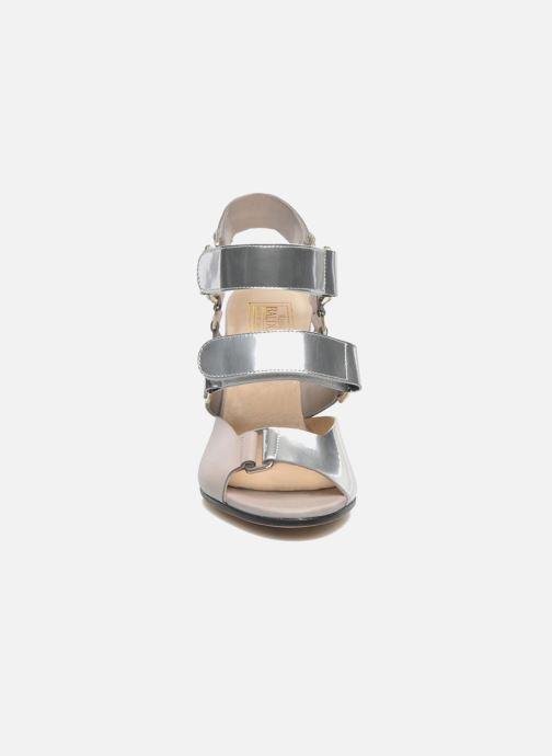 Sandales et nu-pieds Rebecca Balducci Sparta Gris vue portées chaussures