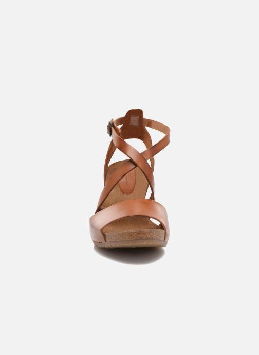 Sandalen Kickers Spagnol braun schuhe getragen
