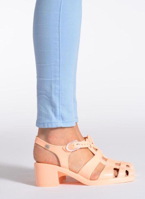 Sandales et nu-pieds Méduse Nikita Orange vue bas / vue portée sac