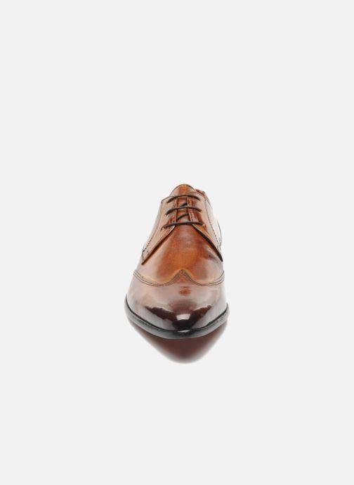 Scarpe con lacci Melvin & Hamilton Toni 2 Marrone modello indossato