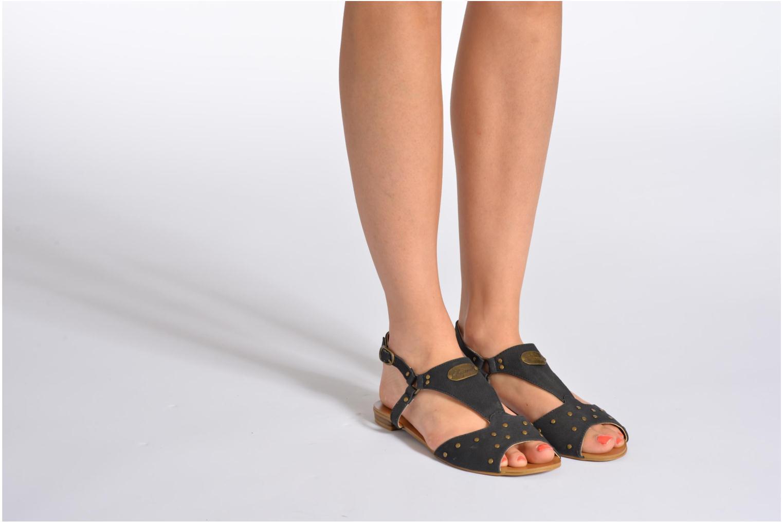 Sandales et nu-pieds Kaporal Paddy Noir vue bas / vue portée sac
