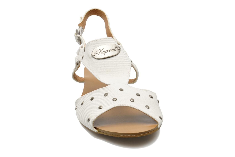 Sandalen Kaporal Paddy weiß schuhe getragen
