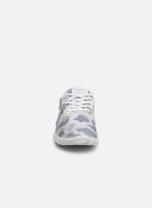 Baskets Supra Hammer run W Blanc vue portées chaussures