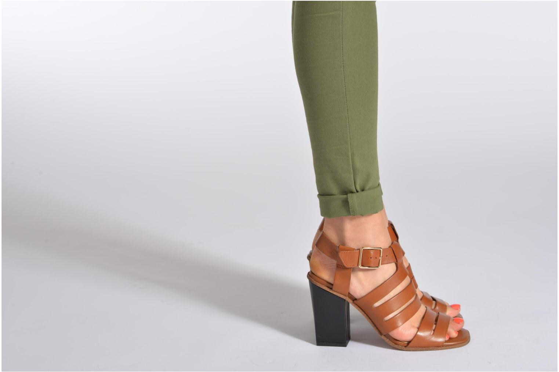 Sandales et nu-pieds Clarks Ski Tropical Or et bronze vue bas / vue portée sac