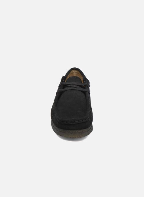 Schnürschuhe Clarks Originals Wallabee W schwarz schuhe getragen