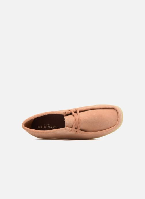 Lace-up shoes Clarks Originals Wallabee W Pink view from the left