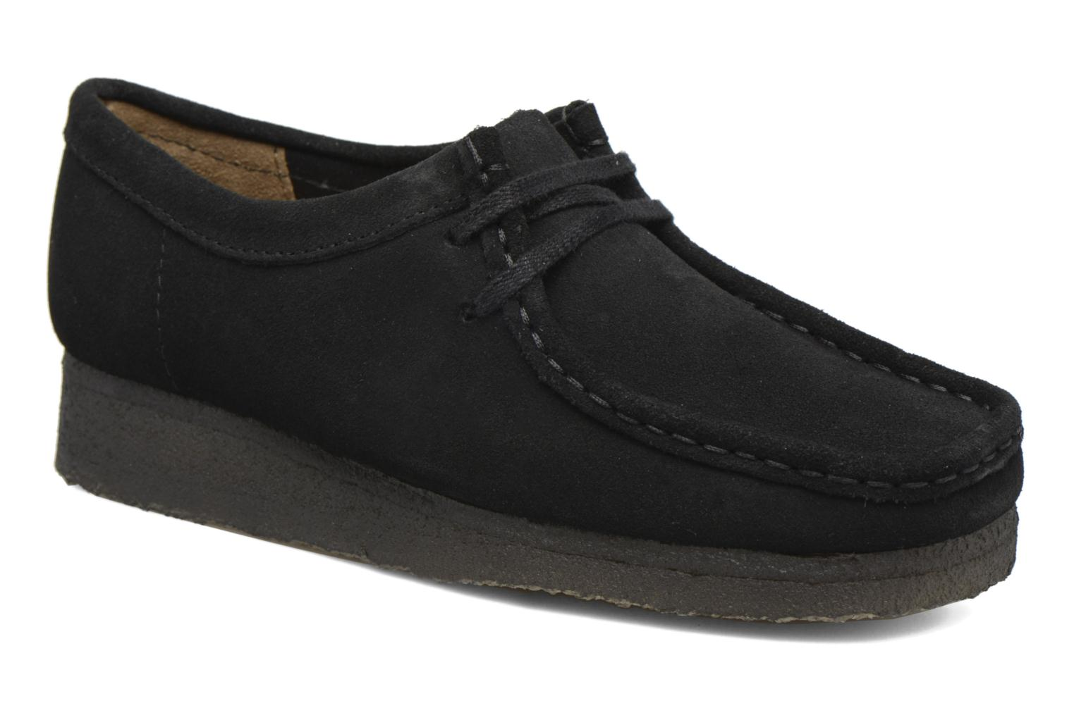 Lace-up shoes Clarks Originals Wallabee W Black detailed view/ Pair view