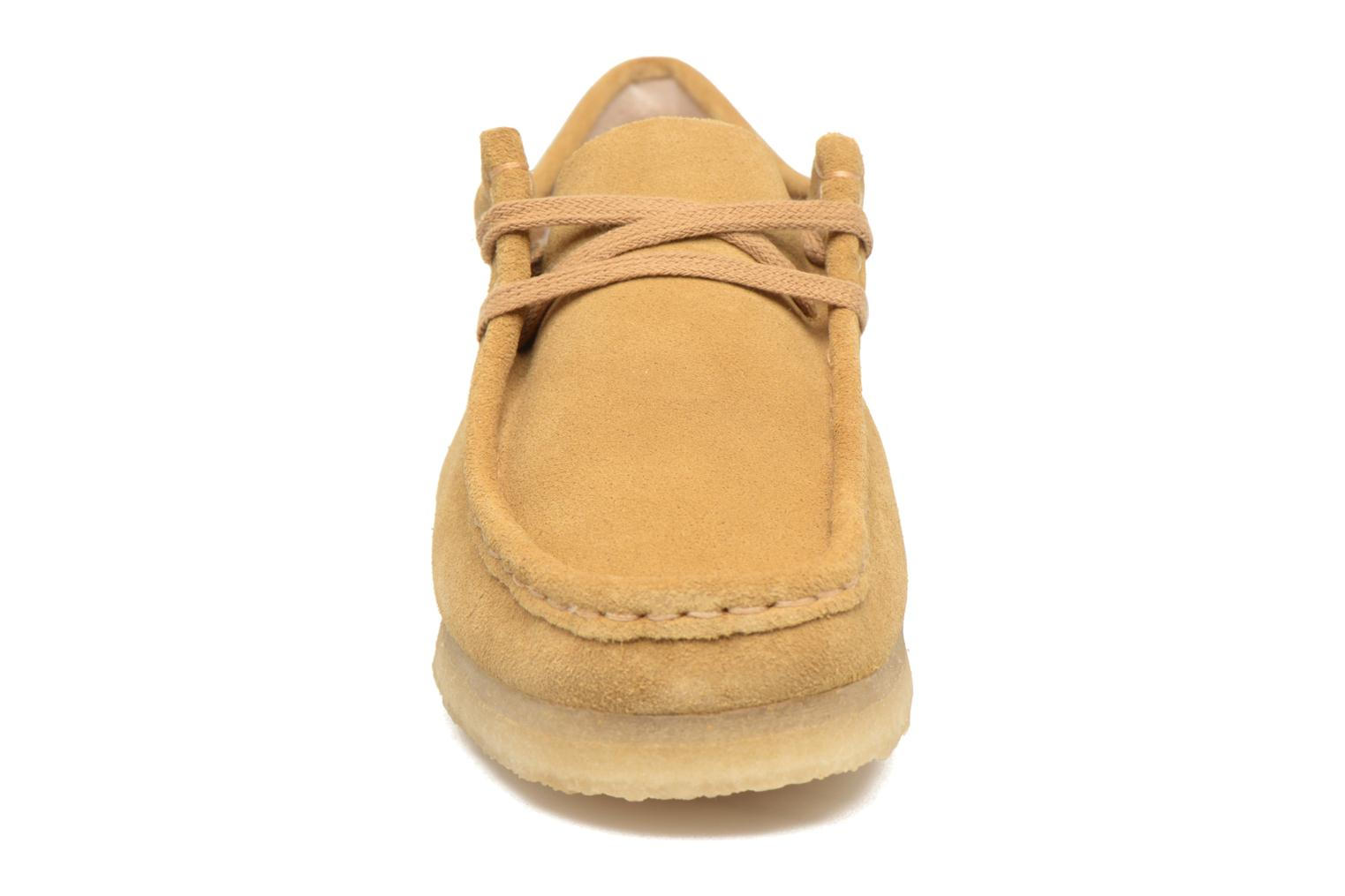 Lace-up shoes Clarks Originals Wallabee W Beige model view