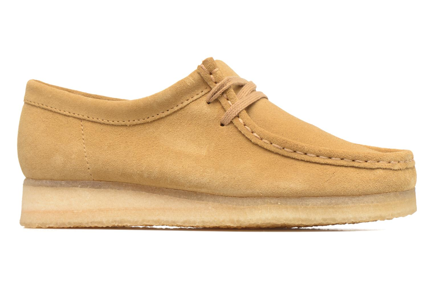 Lace-up shoes Clarks Originals Wallabee W Beige back view