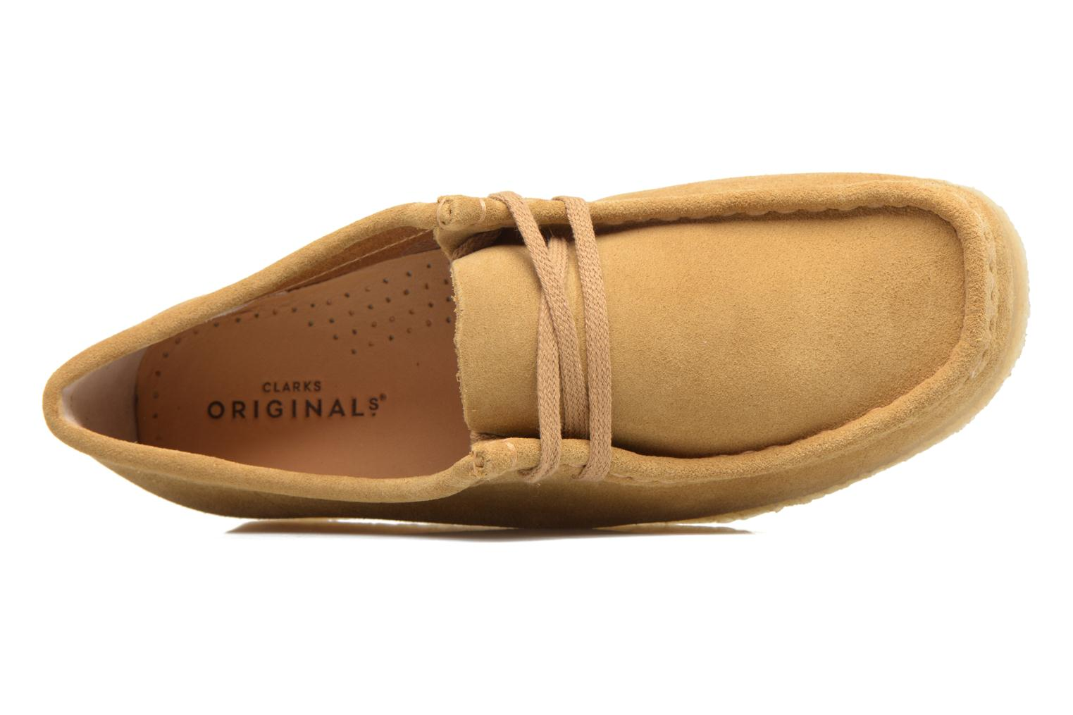 Lace-up shoes Clarks Originals Wallabee W Beige view from the left