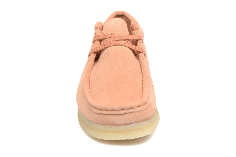 Schnürschuhe Clarks Originals Wallabee W rosa schuhe getragen