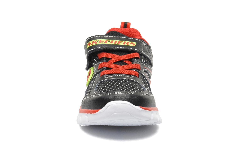 Baskets Skechers Synergy Mini Dash Noir vue portées chaussures
